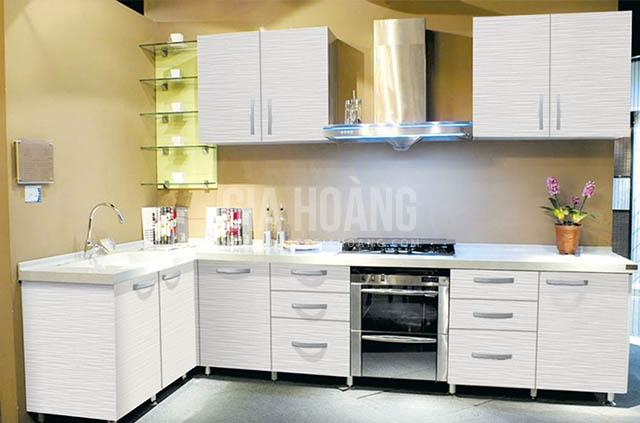 tu-bep-cho-khong-gian-thoang-dang-1