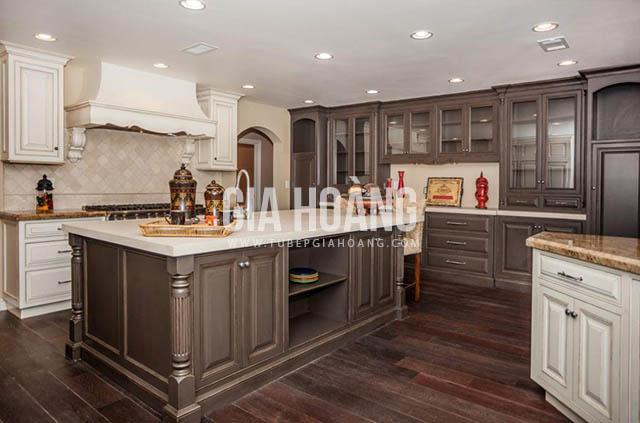 Tủ bếp gỗ Óc Chó mang phong cách tân cổ điển là sự pha trộn của cổ điển mang hơi hướng hiện đại