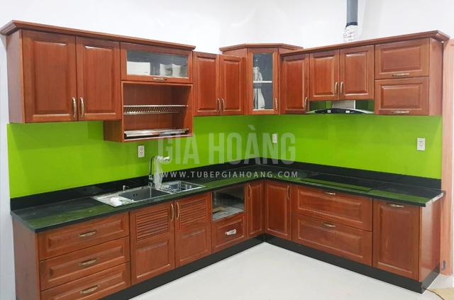 Tủ bếp gỗ tự nhiên Căm Xe đẹp giá rẻ nhất TP.HCM